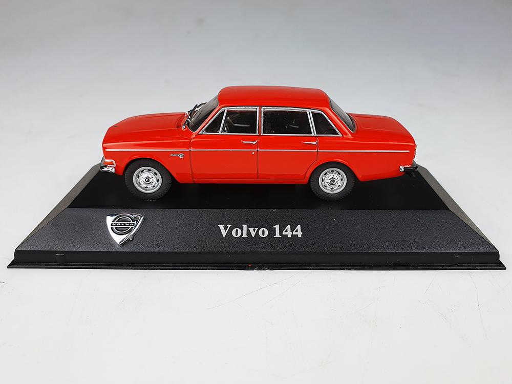 Atlas model nr 06 Volvo 144 Rood / Oranje