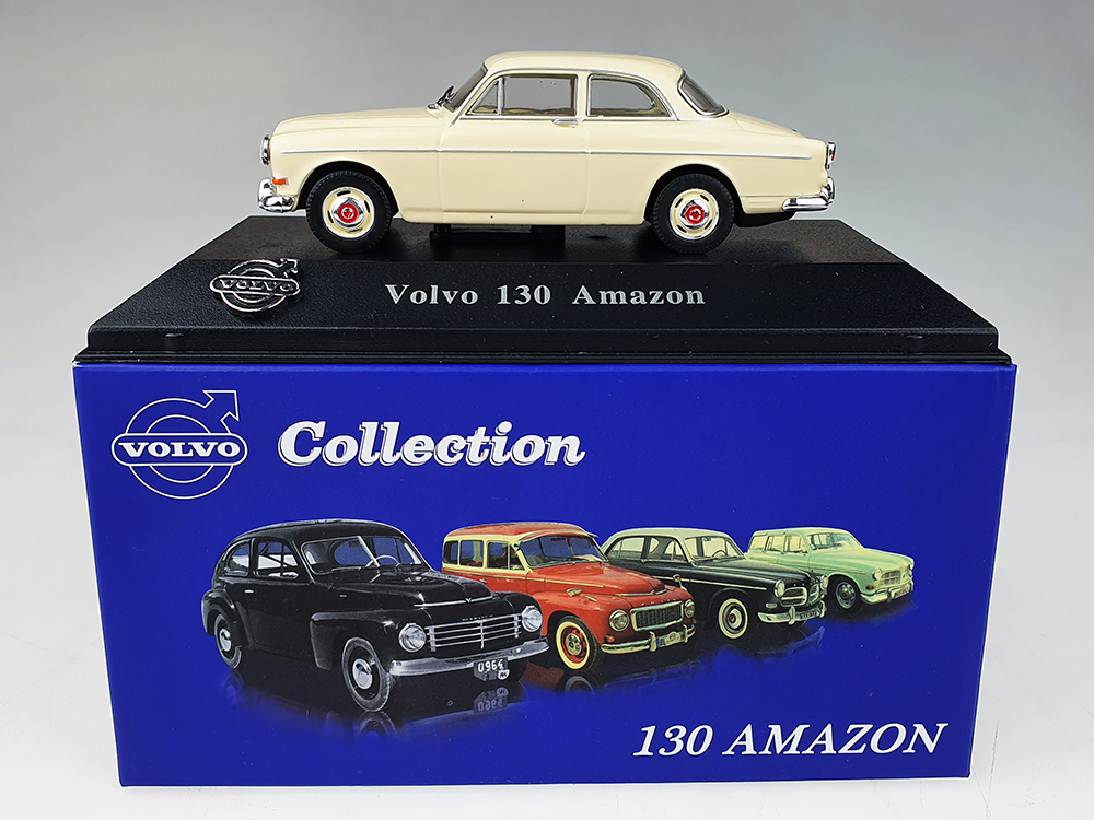 Atlas model nr 11 Volvo Amazon P130 Beige