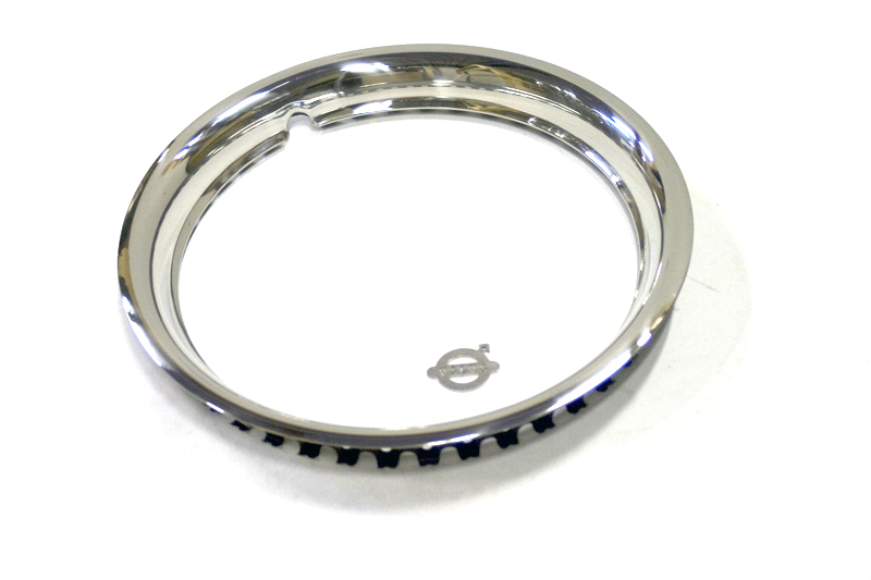 Wielring chrome set 15 inch. Sierringset