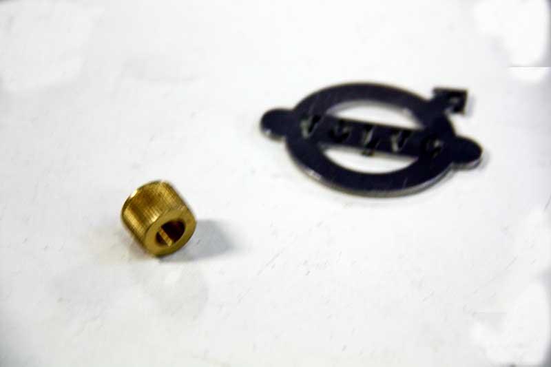 Ruitenwisseras ribbelbusje 6 mm.