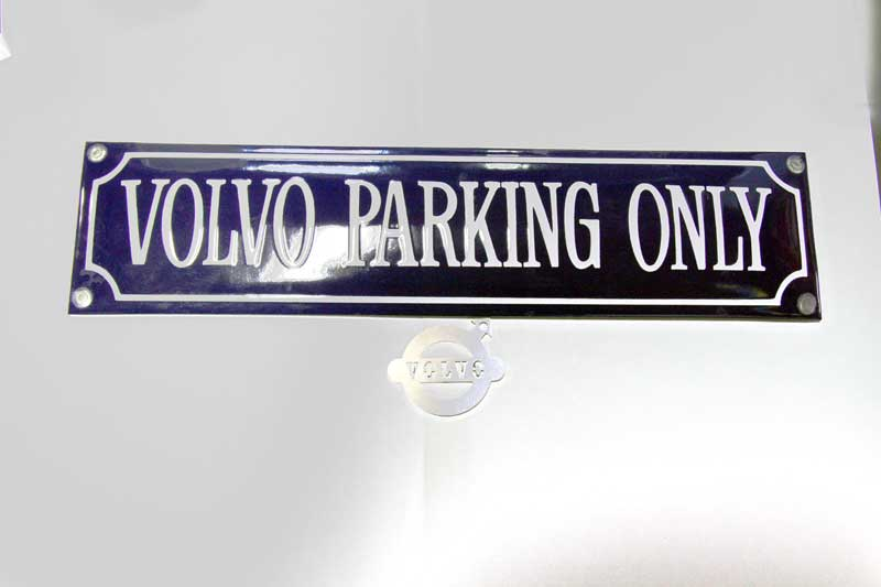 VOLVO PARKING ONLY Straatnaambord