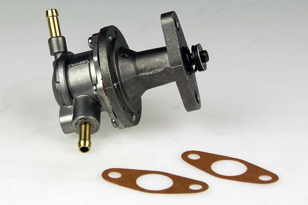 Benzinepomp mechanisch SAAB
