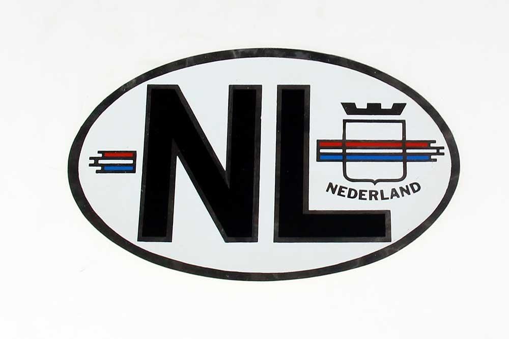 NL sticker ZILVER met Nederlandse vlag OVAAL GRATIS VERZENDEN